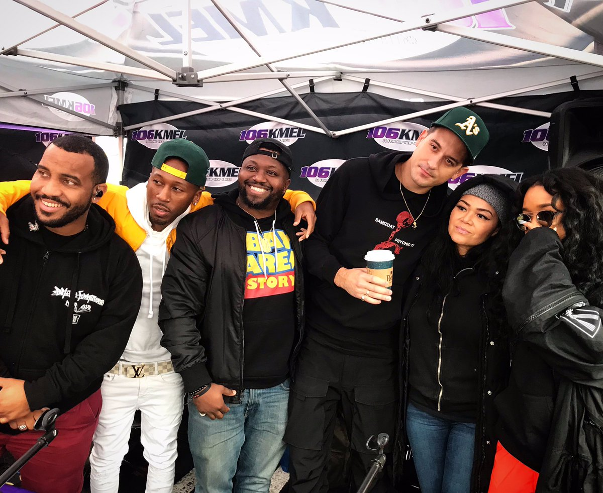 Bay Love! ❤️❤️❤️ Shout out to @4jonnhart @G_Eazy & @HERMusicx for coming out to #SanaClaus!