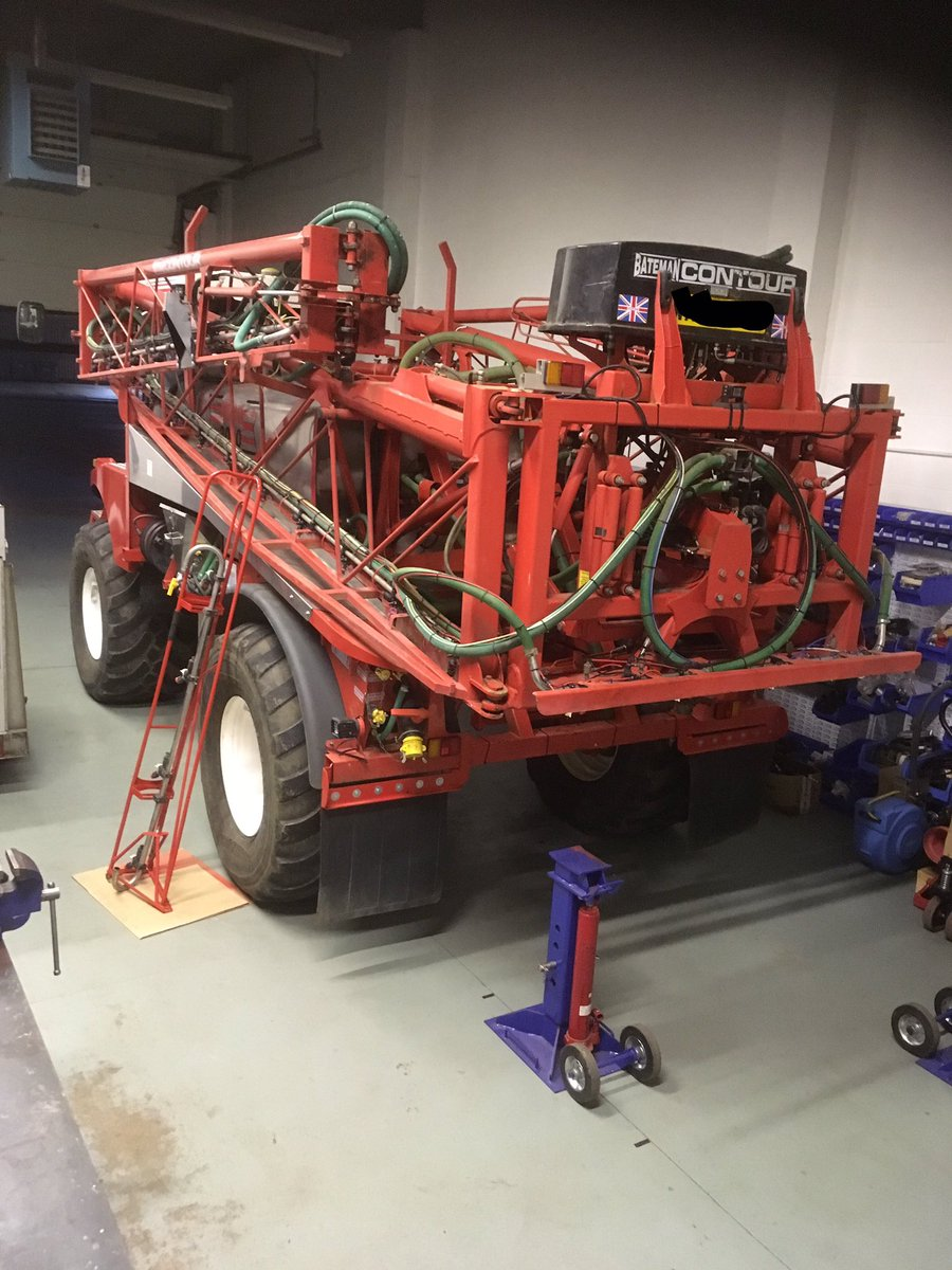 test Twitter Media - And that's all done for 2018 this @Batemansprayers can wait until 2019 for the final touches @farmerpaulbw https://t.co/o9HORJ83ud