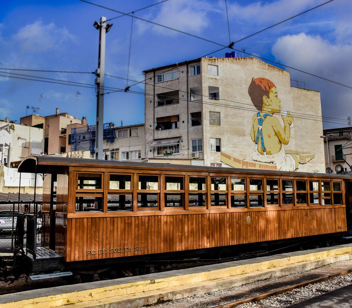 Du9o4dFX4AImfR  - Ferrocarril de Sóller