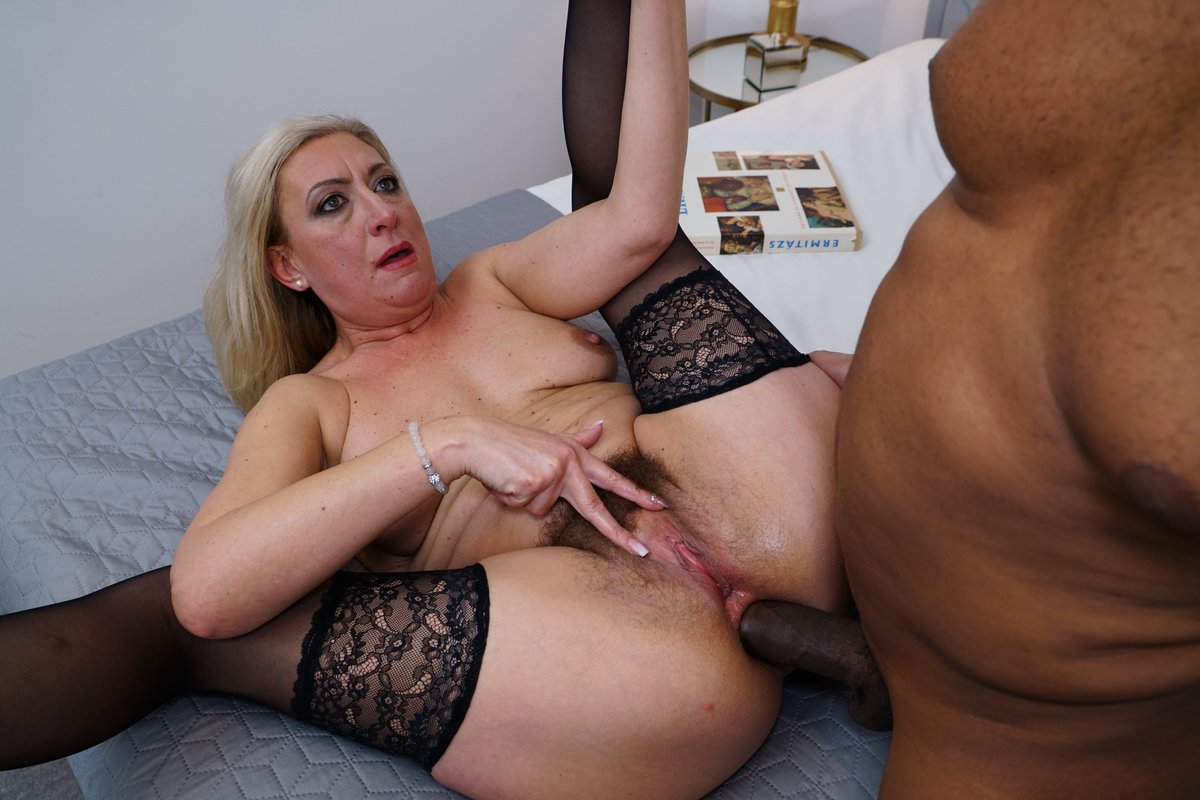 Mature free xvideos