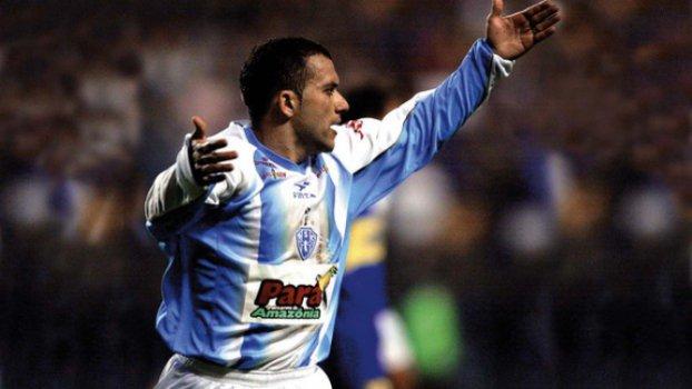 Dizem que o torcedor do Boca treme ao ver este homem com a camisa do Papão...  #LibertadoresNoSporTV  📸 Reprodução