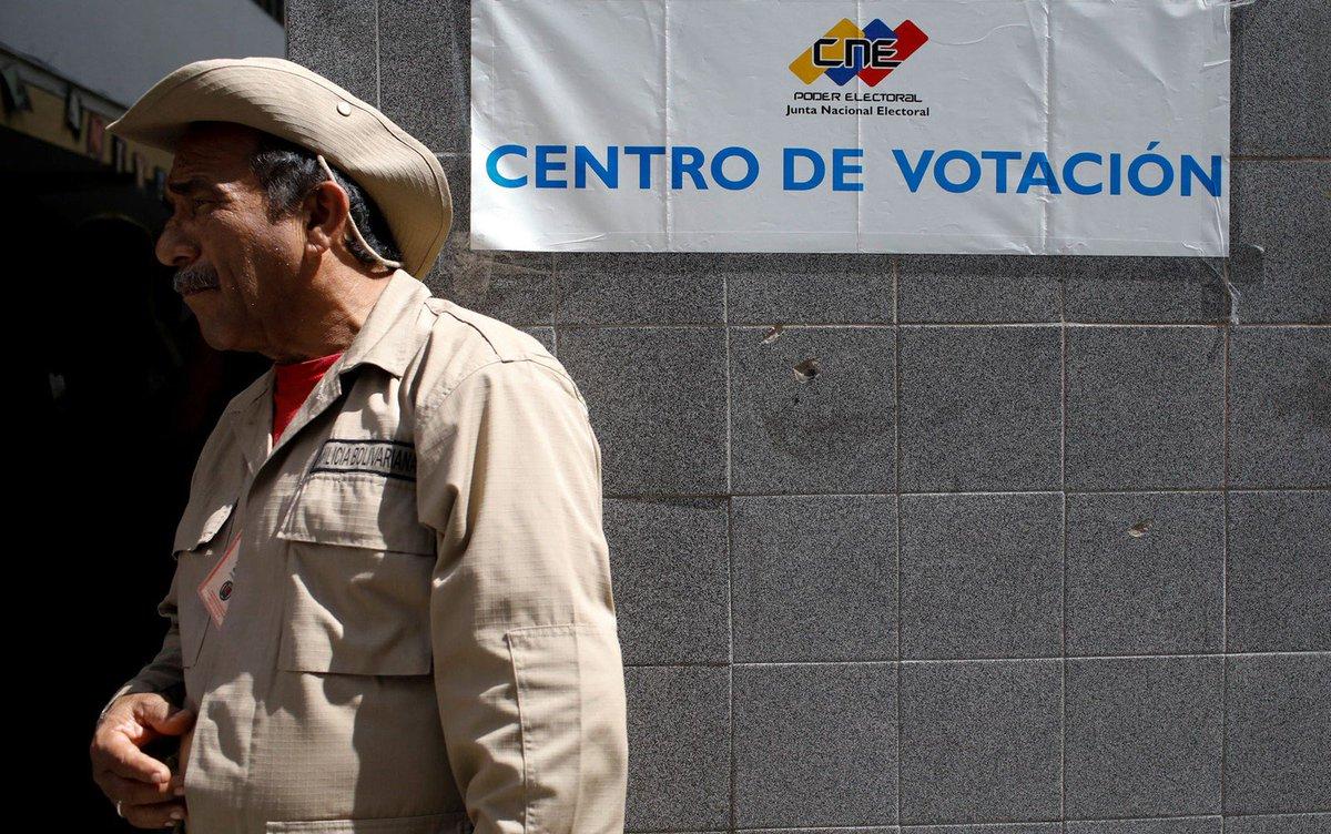 Em meio à crise e sem oposição, venezuelanos elegem vereadores https://t.co/ig1M9edPix #G1