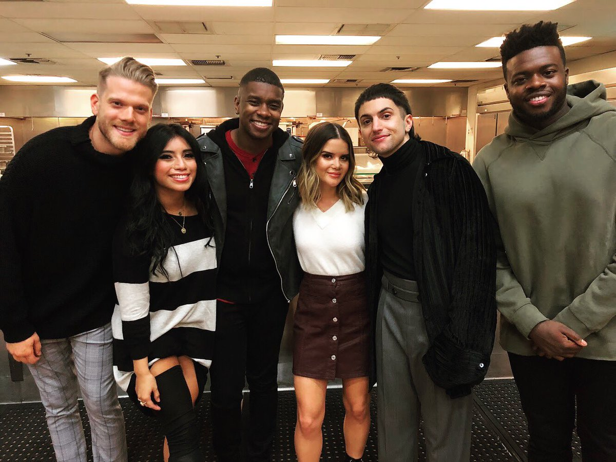 Pentatonix Christmas Special 2019.Pentatonix On Twitter Any Guesses Why Marenmorris Stopped