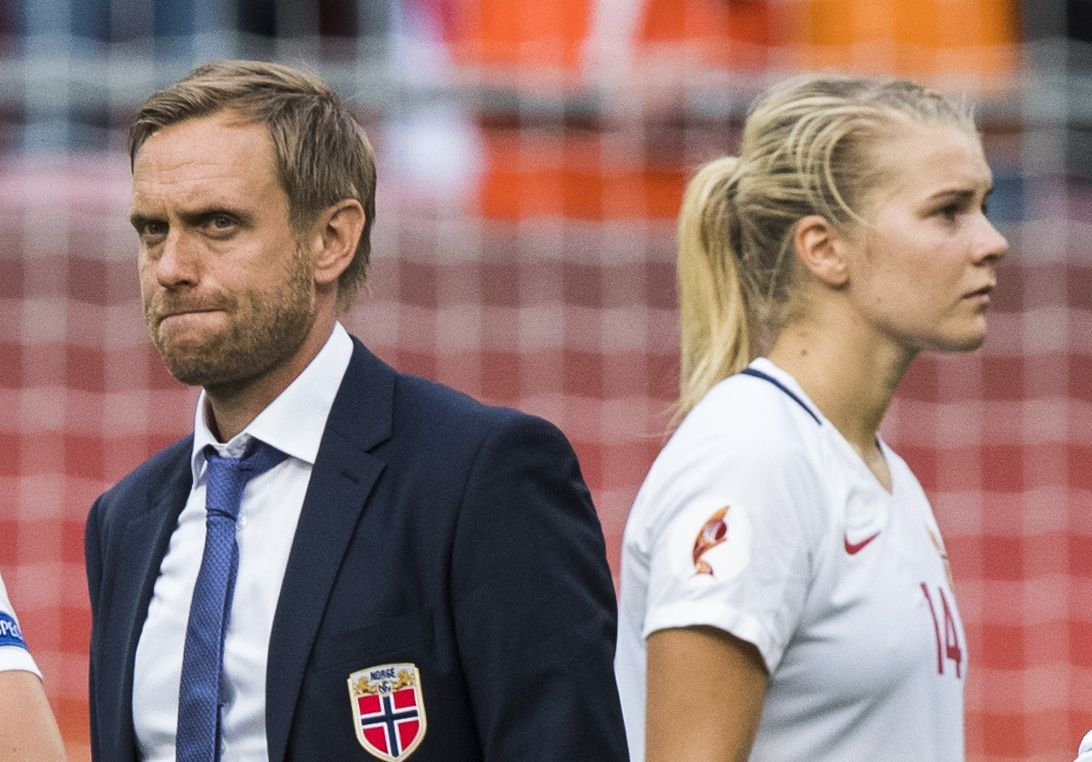 """""""At the moment the situation is kind of locked. . . we have no dialogue with Ada at the moment"""". Courtesy of @Mesli_Dounia, listen to @nff_info coach @martin_sjogren on the possibility of #BallonDor winner @AdaStolsmo playing at next year's @FIFAWWC https://soundcloud.com/asifburhan-196077588/081218-norwegian-coach-martin-sjogren-on-ada-hegerberg…"""