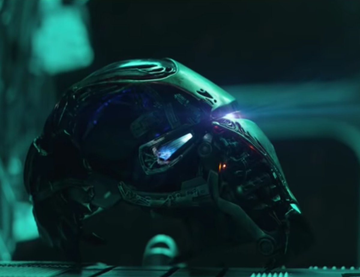 Were the @Russo_Brothers teasing Iron Mans helmet in their wrapped tweet? (via u/mpchop)