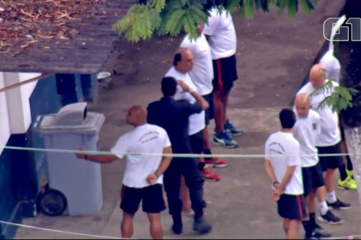 Governador do RJ está preso   Moraes, do STF, nega habeas corpus e mantém Pezão na prisão https://t.co/eafdn3YdZx