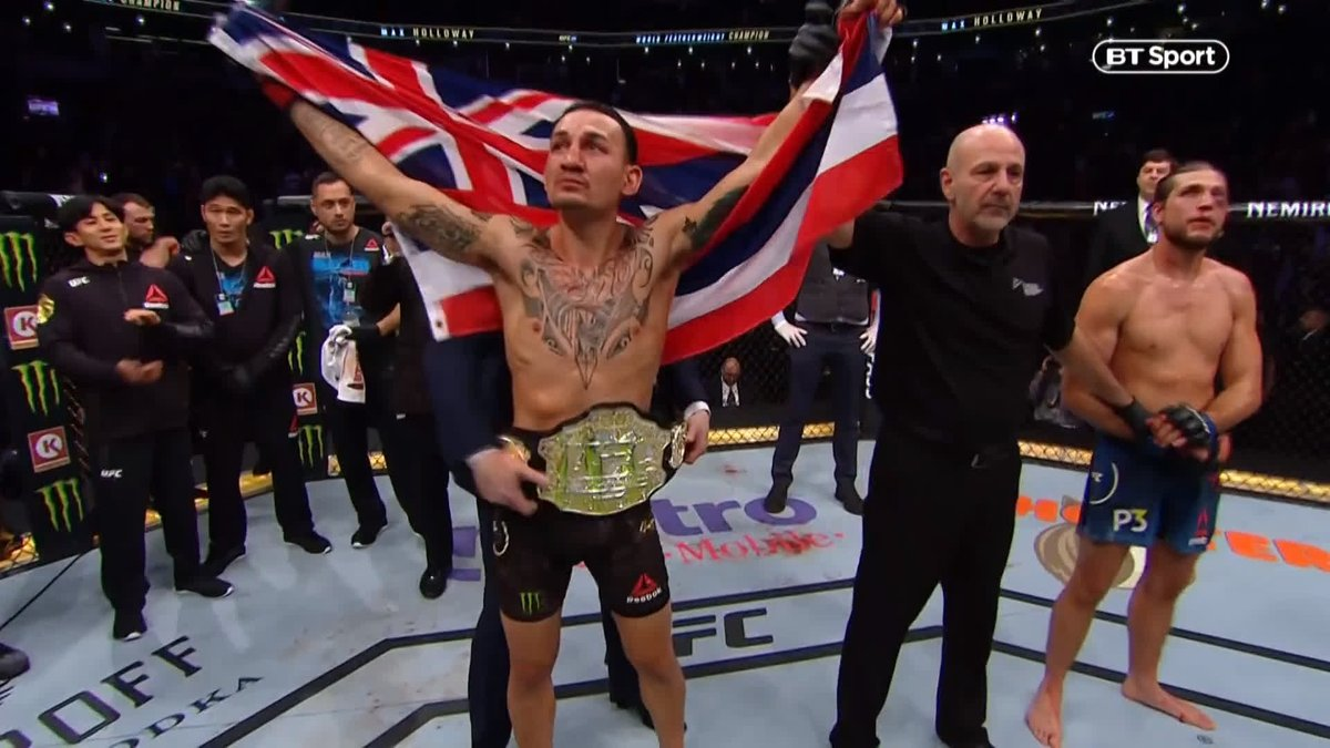 A UFC title fight FOR. THE. AGES! 🙌 Max Holloway at his jaw-dropping best 😮 Brian Ortega proving his insane toughness 👊 Four rounds of non-stop action, the main event at #UFC231 was so wild it was tough to condense into highlights!