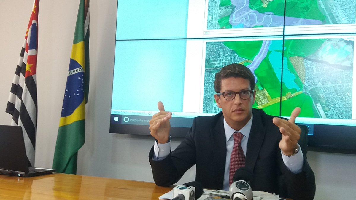 >@brdezoito Ricardo Salles: 'Defesa do Meio Ambiente não terá ideologia' https://t.co/XZ7EAzHjRq