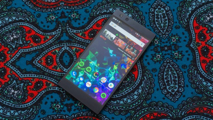 Razer Phone 2 drops to $700 ($100 off) at multiple retailers  https://www. androidpolice.com/2018/12/09/raz er-phone-2-drops-to-700-100-off-at-multiple-retailers/ &nbsp; … <br>http://pic.twitter.com/TANbr23xzQ