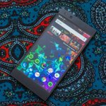 Image for the Tweet beginning: Razer Phone 2 drops to