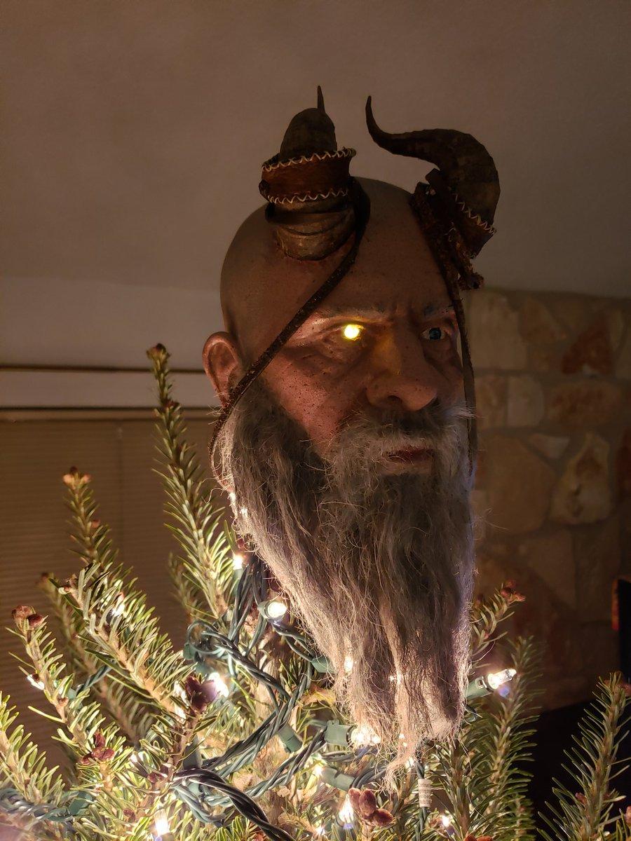 @corybarlog @mattsophos @SonySantaMonica @iamchrisjudge My tree keeps telling me stories...