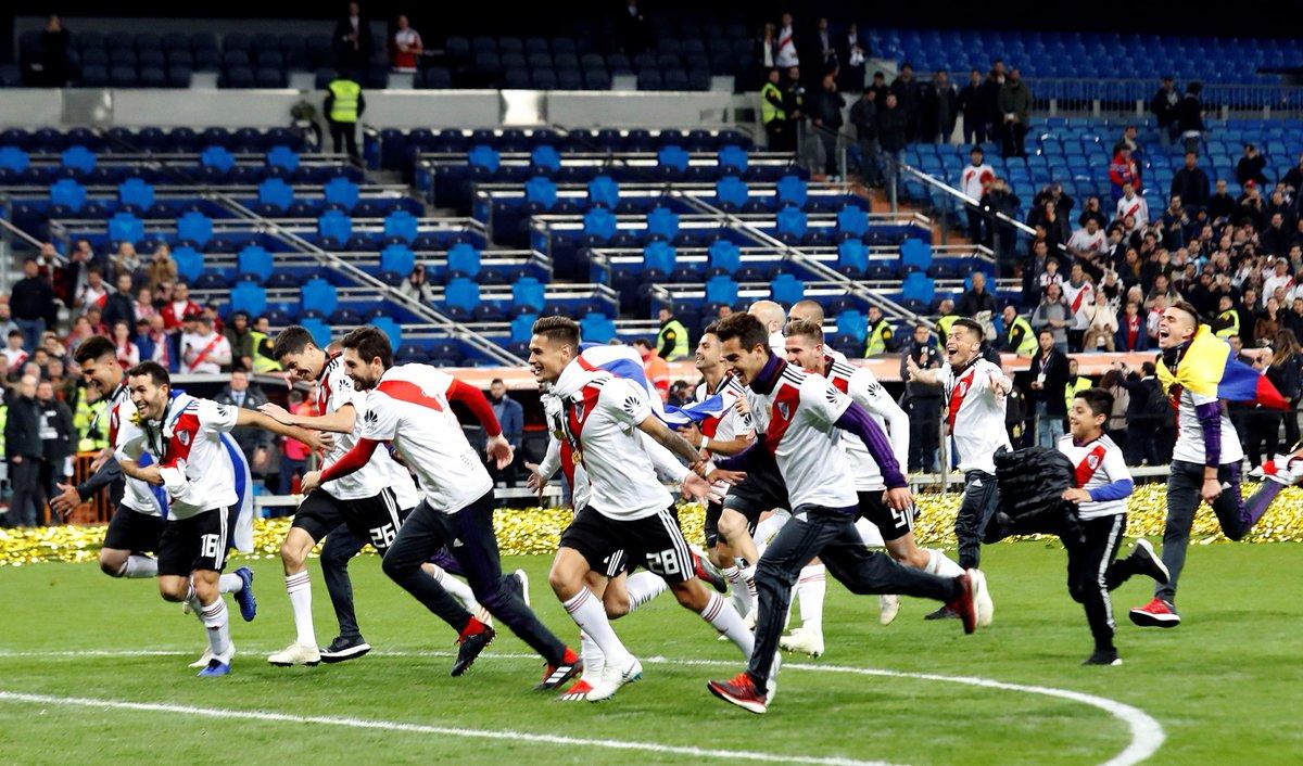 ¿TE LO PERDISTE?  River Plate es el nuevo campeón de la #CopaLibertadores2018  Goles y la copa 📹 👇  https://t.co/ZHaWEDO6xq