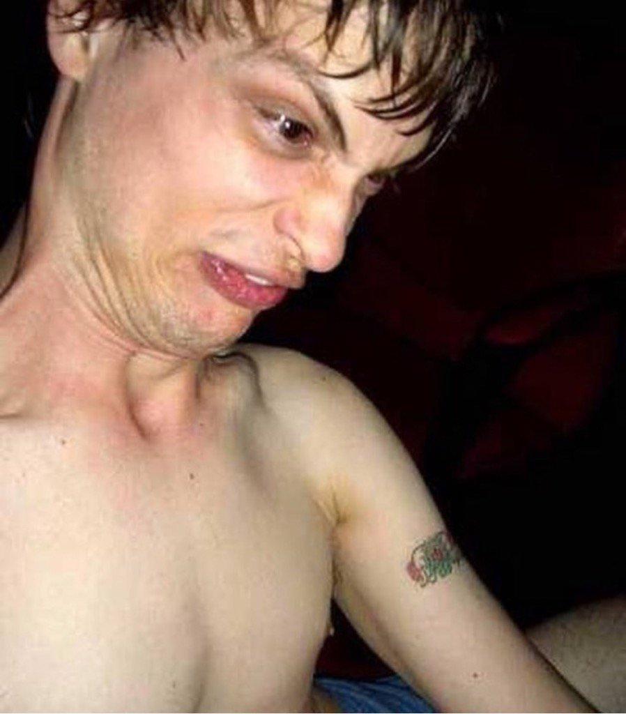 naked-matthew-gray-gubler-nudes-dick-fucking