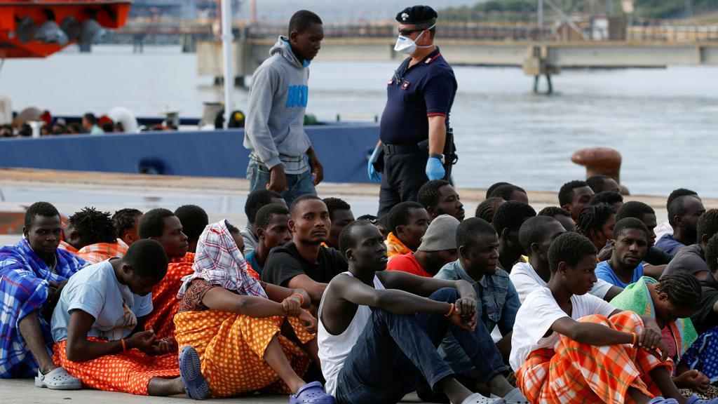"""Il rapporto di Amnesty International punta il dito contro l'Italia: """"Sui migranti gestione repressiva"""" https://t.co/EIpDZW6k0G"""