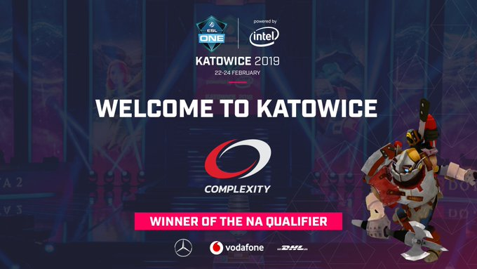 🇵🇱⚙️ They played their way into #ESLOne Katowice all the way from the NA open qualifier: give it up for @compLexity! 🎟️ Foto