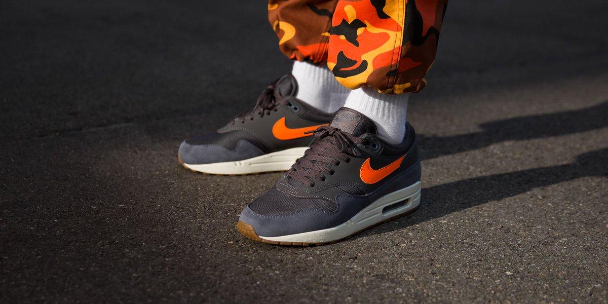 air max 1 thunder grey orange