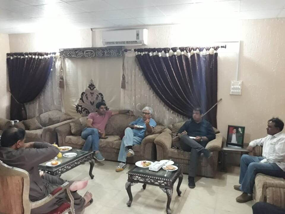 Former Minister Muhammed Ali Malkani at Malkani House Chhachh Jehan Khan meeting with delegation for Exploring ideas to increase productivity of Indus Delta and deal with its water challenges and sea intrusion. <br>http://pic.twitter.com/AeGjGAQFHi