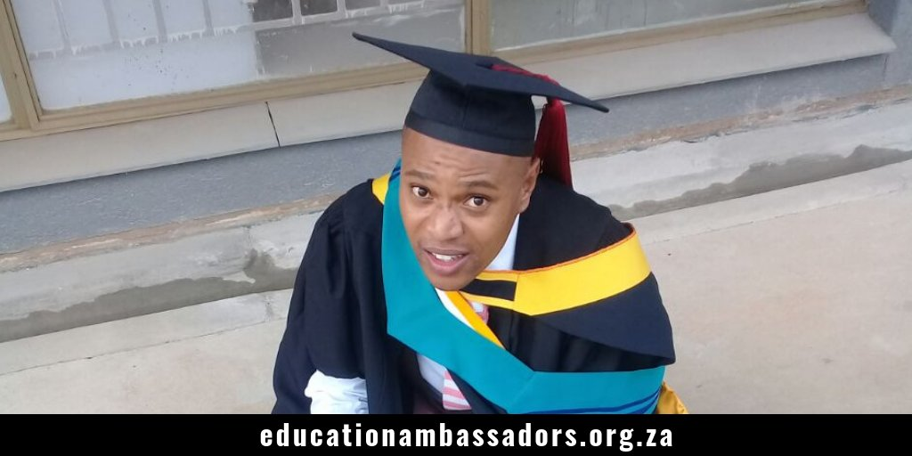 We caught up with Collins Dumisani, a lecturer at a Public TVET college and a masters student at the University of the Free State @UFSweb with an extreme passion for education. Click here to read his inspiring story: https://t.co/W00jnpqVjG https://t.co/pdTHPxwhO4