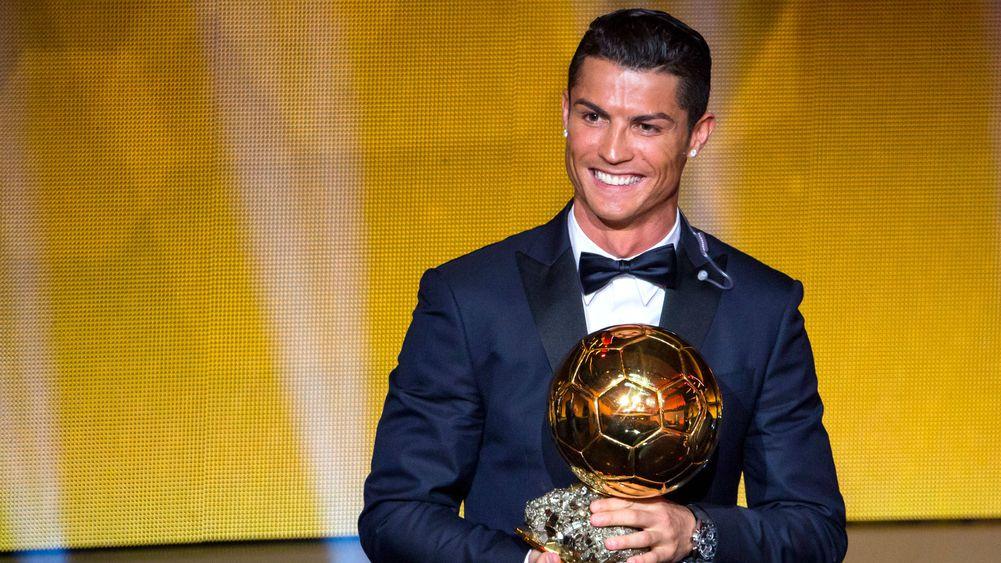 Cristiano Ronaldo: I think I deserve the Ballon d'Or every year #Ballondor #Ronaldo https://t.co/2Rh8TfKvdj
