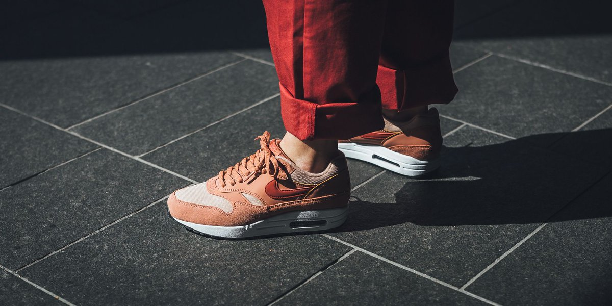 nike air max 1 w terra blush red & beige