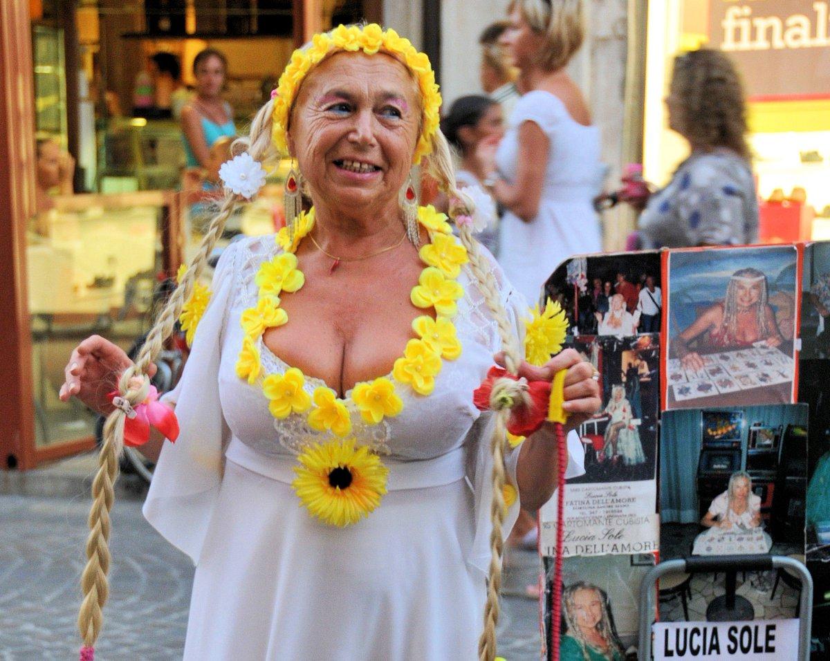 #rovigo @FabrizioCorona é morta Lucia Sole, la