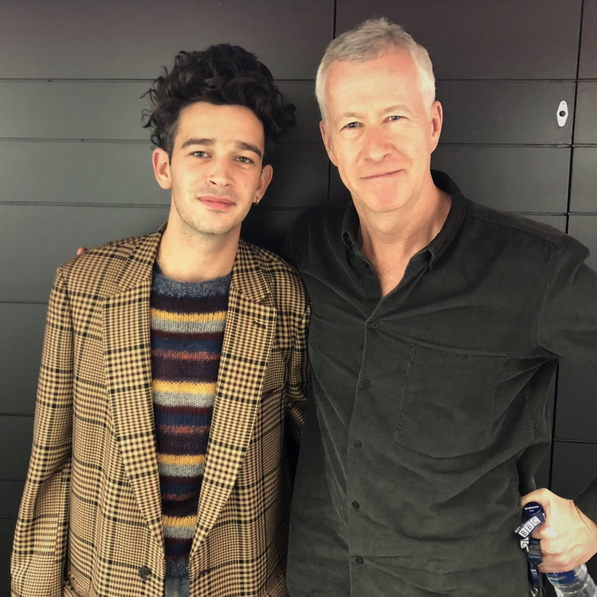 Wonderfully candid interview with @Truman_Black of @the1975. We talked millennnial angst in a virtual world, drugs, rehab, equine therapy & cathartic power of music. Listen to @BBCFrontRow @BBCRadio4 7.15pm & @bbcsounds