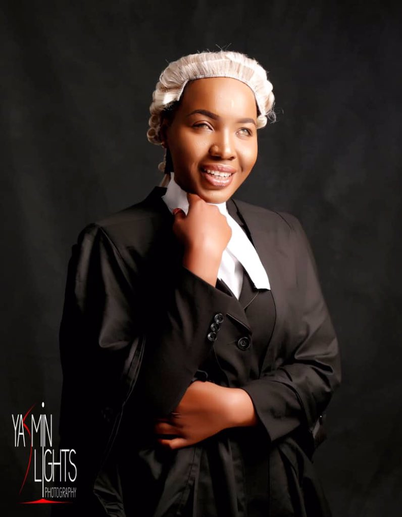 Meet Hafsah Dauda, who despite becoming visually impaired at age 2 pursued her dreams. She successfully graduated with a Law degree from Ahmadu Bello University and was recently called to the Nigerian Bar Association. 👏👏  You have no excuse!  #MondayMotivation