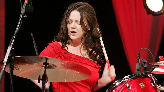 44 anos para Meg White!!!  White Stripes  Happy Birthday