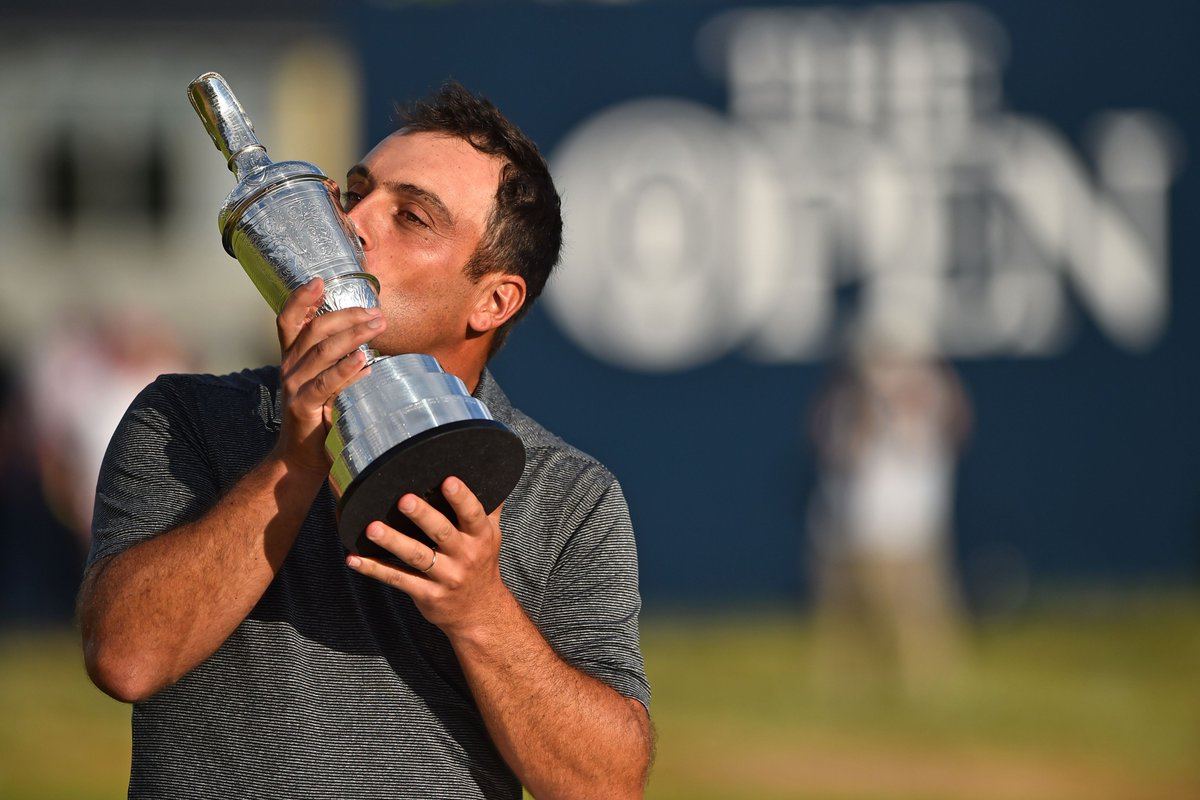 Congratulations to @F_Molinari - named 2018 European Tour Golfer of the Year.  And what a year...   Open Champion  First European to win 5 points in single Ryder Cup  BMW PGA Championship Winner  Race to Dubai Winner <br>http://pic.twitter.com/b1YrLHq8Ig