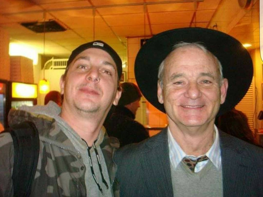 Met bill Murray at Joe&#39;s pizza in NYC during a blizzard. He told me to suck in my stomach because I was making him look bad. <br>http://pic.twitter.com/vem1wGU451