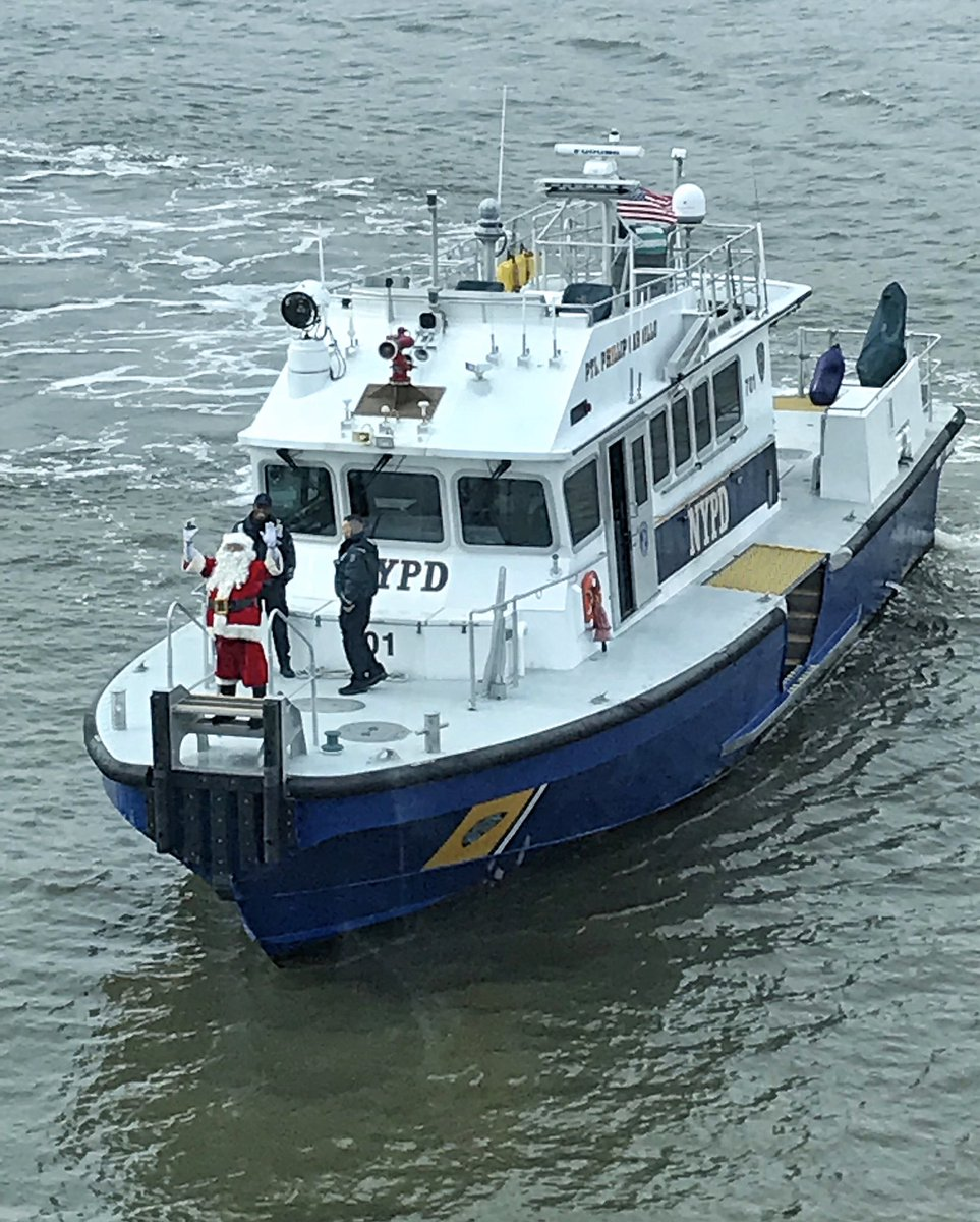 Santa's reindeer needed more time to prep for their big day, so our @NYPDSpecialops Harbor Unit gave him a lift to the @NYPDMTN children's #Christmas party. We hear he enjoyed the ride so much he may consider swapping his sleigh for a boat.