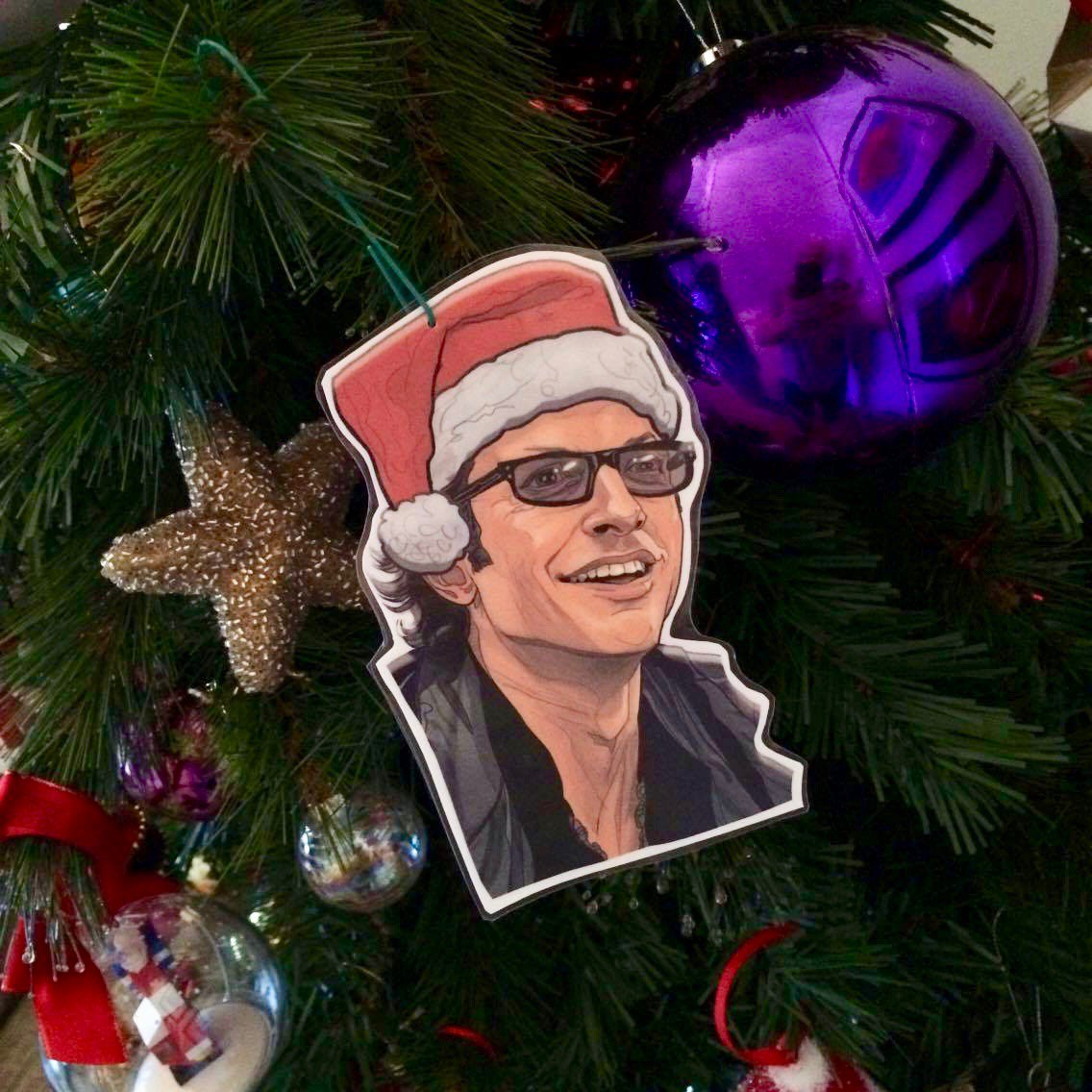 Never thought Id see Jeff Goldblum hanging from my Christmas tree, but thanks to @PJMcQuades Jurassic Park bauble, he found a way!🎄