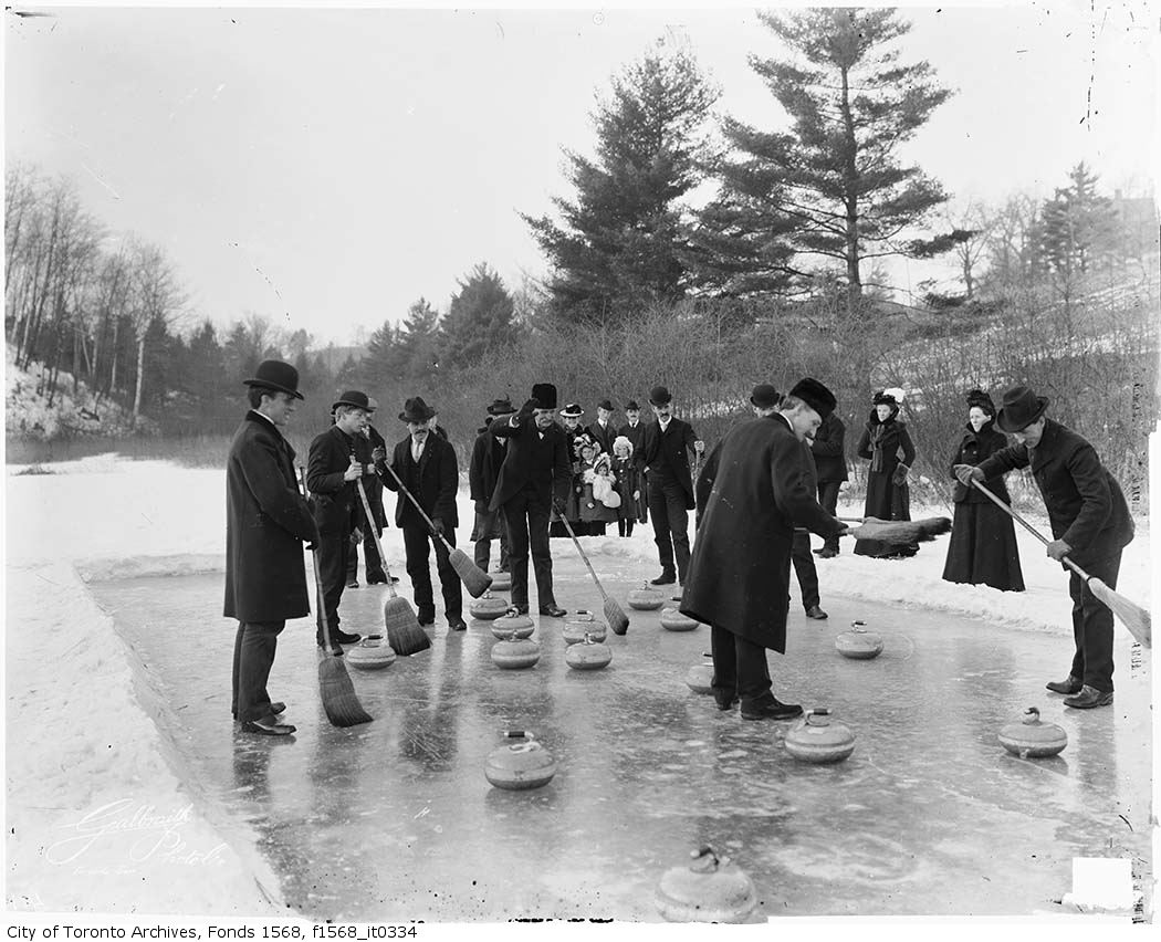 Hurry hard! Curling party in #Swansea, 1904. Photo from the Alexander W. Galbraith fonds. #curling #hurryhard  http:// ow.ly/kEqw30mEGUT     <br>http://pic.twitter.com/QWK9nzjle3