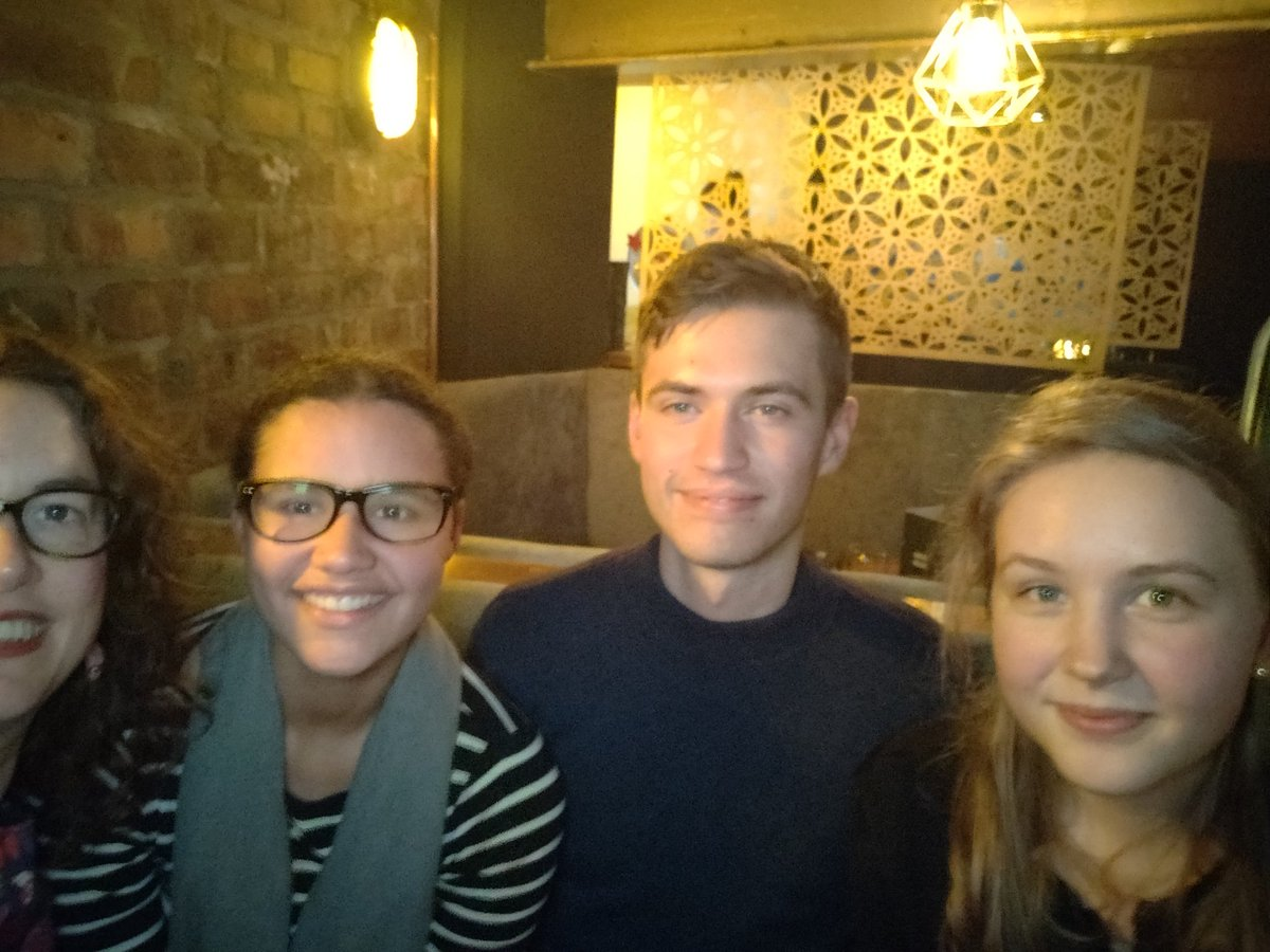 Out for end of semester drinks with the fabulous 'Mind Your Language' Production Lab research assistants. Good luck on your exams, everyone!!! #dialectsindundee https://t.co/p9tKhYxklt