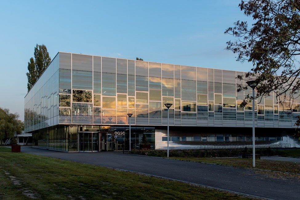 Une première en Europe - @GerflorGroup  mécène de l'usine-école #Ease, une réalisation d'excellence pour la formation aux métiers de la #pharmacie et #santé  https://t.co/uC8PMrdw2p https://t.co/dmsxUpkAXS