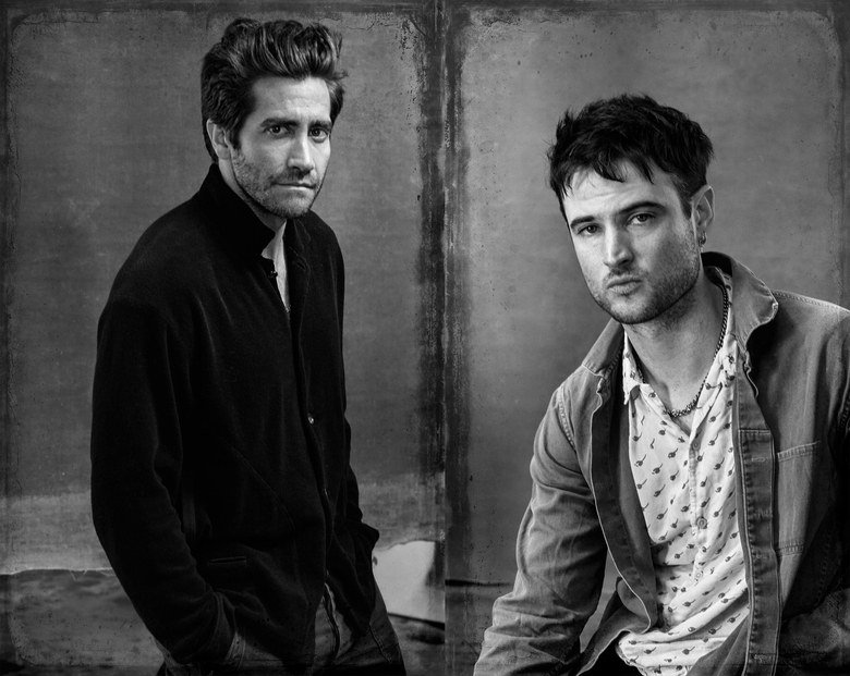 Tom Sturridge and Jake Gyllenhaal return to the stage in Sea Wall/A Life, an incisive pair of one-man shows that leave it all on the line. vogue.cm/5kWqv2W
