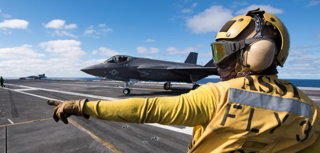 #USNavy F-35C Lightning II aircraft are at sea and in action! Advancing #NavalAviation and #NavyLethality, #F35C assigned to the #Argonauts of Strike Fighter Squadron #VFA147 conduct flight operations aboard the Nimitz-class aircraft carrier #USSCarlVinson #CVN70.