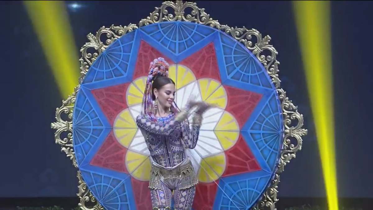 THE NATIONAL COSTUME OF OUR VERY OWN CATRIONA GRAY FROM THE