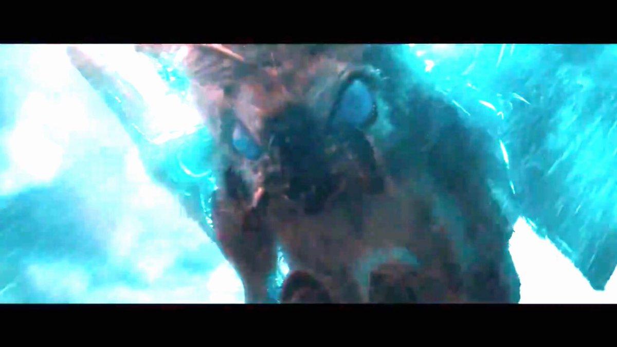 明るさ補正あげたけどレインボーモスラとGMKモスラの要素足した感じに見えるゴジラ ゴジラキング・オブ・ザ・モンスターズ  GodzillaMovie pic.twitter.com/