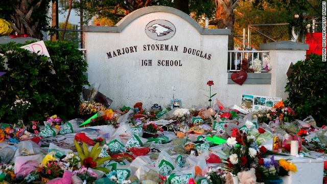 A Florida high school located minutes from the site of the Parkland massacre ditched an assignment for students that explored the shooting in what some consider a tone-deaf way, asking whether the gunman should die https://t.co/7H1IbS8ZLP