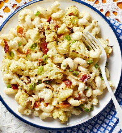 My Cauliflower Mac 'n' Cheese lunch. So, I'm totes into healthy food now?