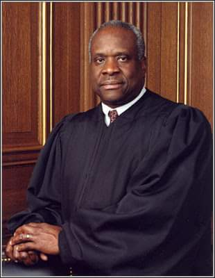 Then there's this ass, @JusticeThomas67, who should joined George H W Bush back in Texas. #BushFuneral #Bush41