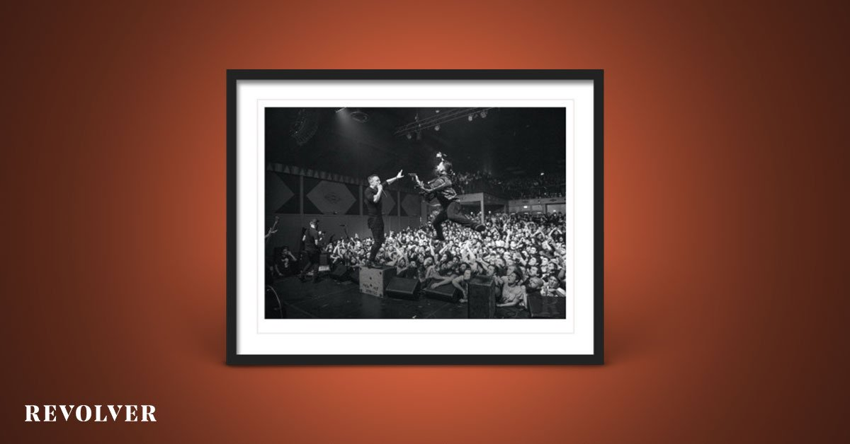 For the first time ever outside of the band's final shows, you can own this limited-edition @TDEP_ photo print by @steveoshoots to commemorate the one-year anniversary of their final shows. Only 250 available, signed and numbered by the photographer https://t.co/fI2QFEDd75