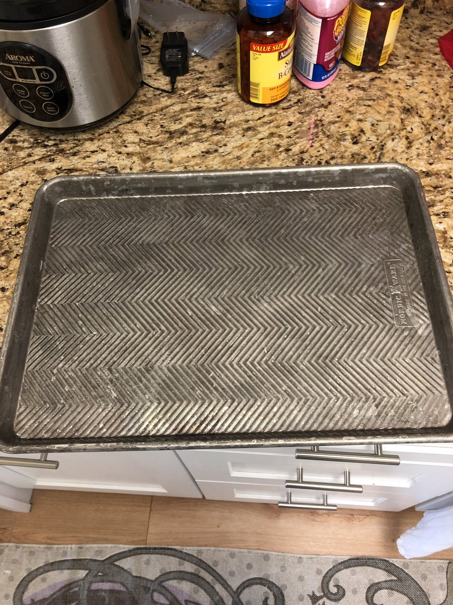 My dumb ass put the baking sheet in the dishwasher and it oxidized 😭 Help