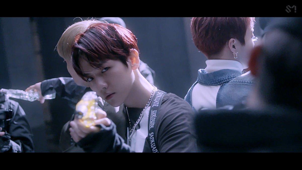 EXO 엑소 Love Shot MV Teaser #2 🎧 2018.12.13. 6PM (KST) 👉 exo.smtown.com #어디에도_없을_완벽한_EXO #EXO #weareoneEXO #엑소 #LoveShot #러브샷 #엑소_러브샷_내일_오후6시