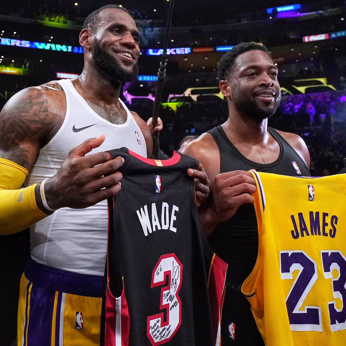 """D-Wade's message to LeBron: """"Thanks for pushing me to be greater than I knew I was."""" ✊  #OneLastDance """