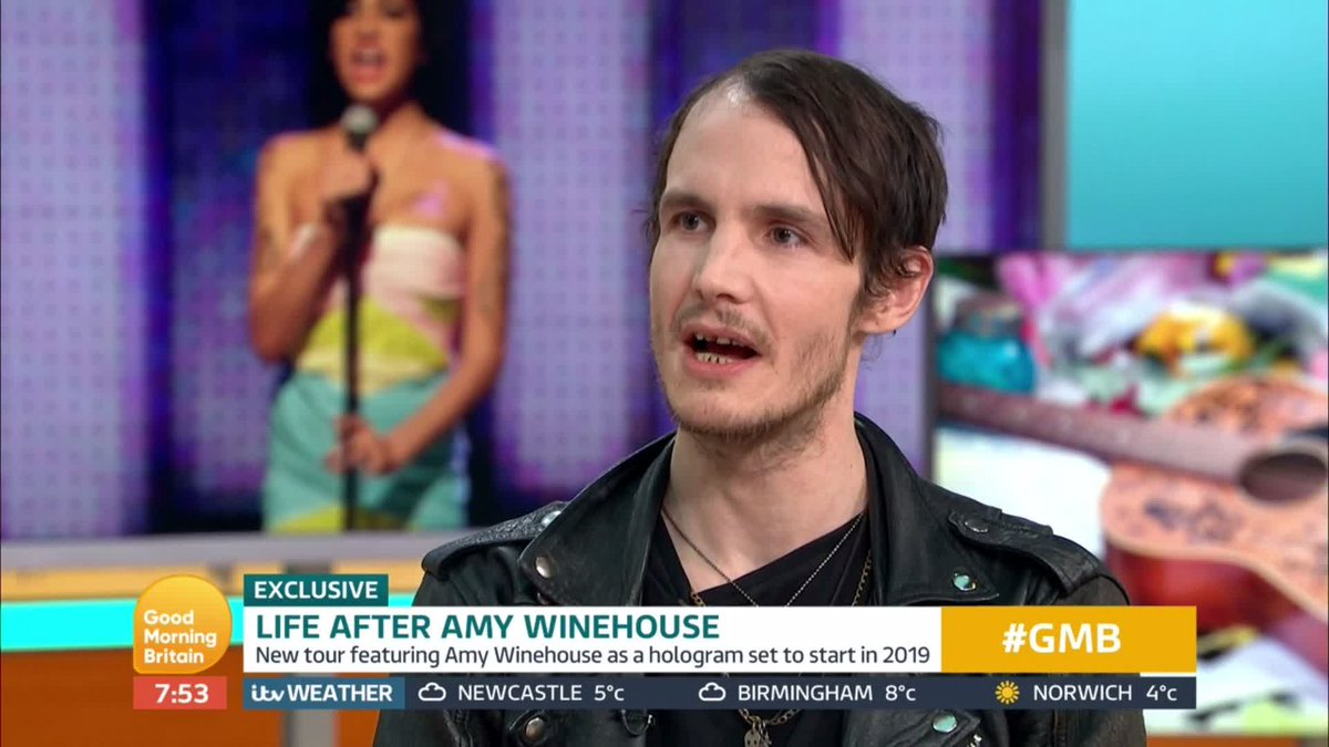 """Amy Winehouse Nua good morning britain ar twitter: """"'me and amy only used"""