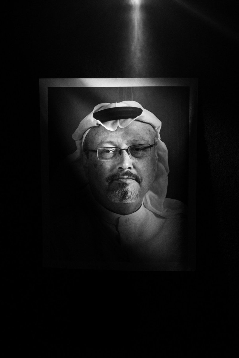 Time's Person of the Year are journalists defending us in the war on truth: Jamal Khashoggi (murdered by Saudi govt), Maria Ressa (trumped up charges for criticizing Philippine 'drug war'), Wa Lone and Kyaw Soe Oo (7 years for exposing Burma army massacre) https://t.co/MMtW66On0V