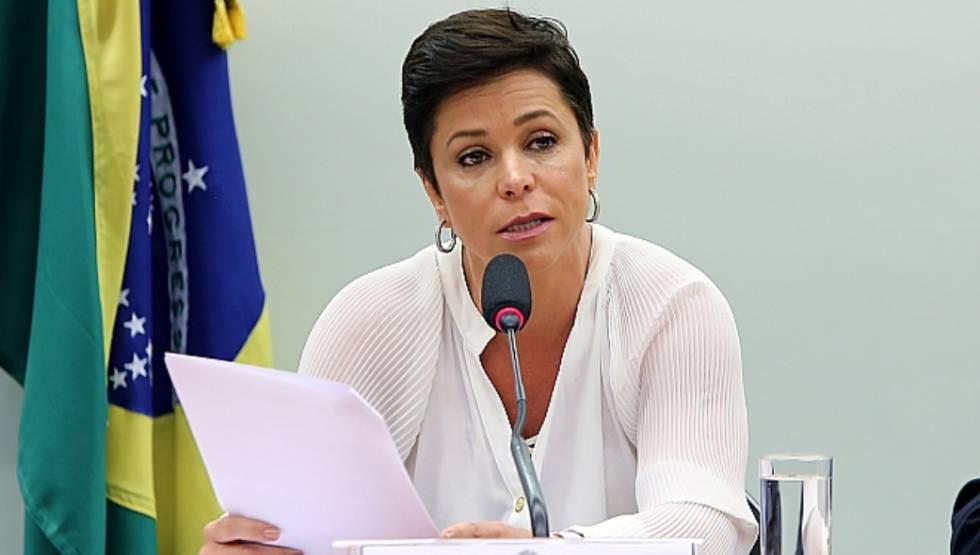 Os agentes da Polícia Federal também estão na casa da deputada federal Cristiane Brasil, do PTB. A informação é da Rádio Bandeirantes. O presidente nacional do Solidariedade, Paulinho da Força, também é alvo da operação, que é um desdobramento da Lava Jato.