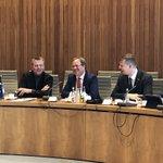 Image for the Tweet beginning: Der Ministerpräsident besucht die FDP-Fraktion